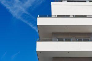 Abuso edilizio balcone